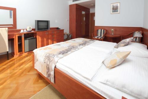 double room sea view (1)